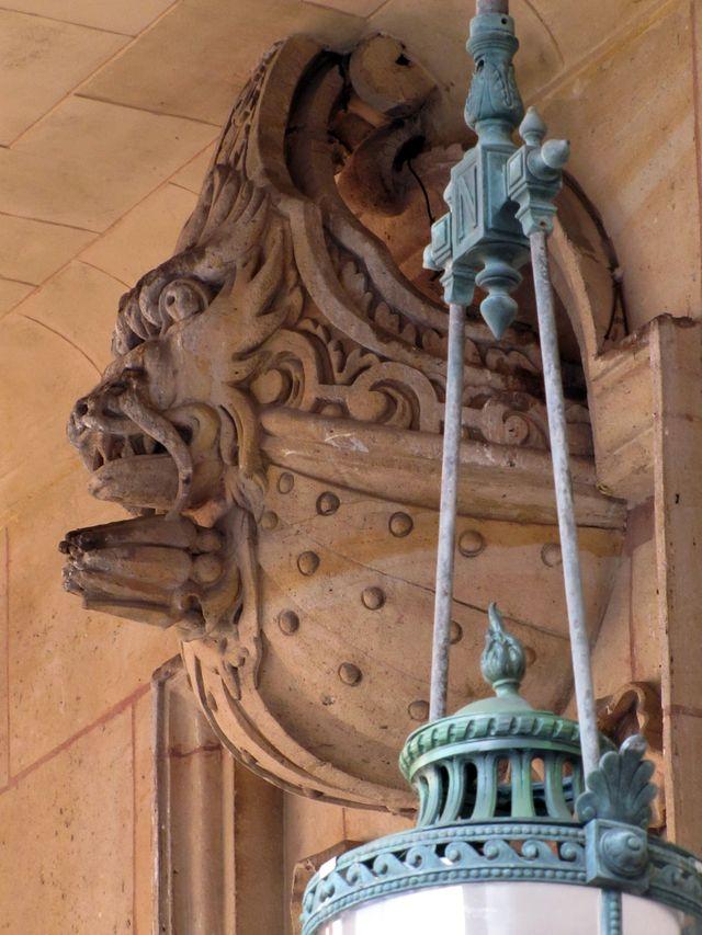 Vestige du Palais Cardinal - la galerie des Proues