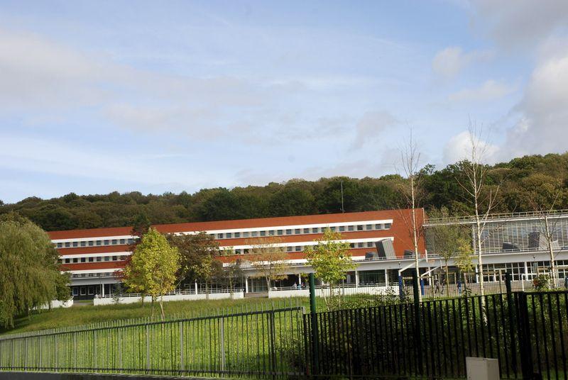 Lycée_La Celle Saint-Cloud